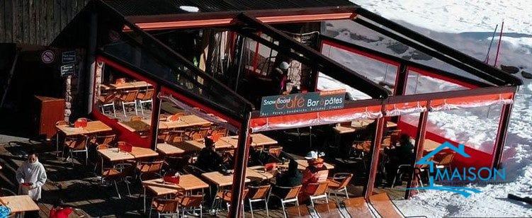 Mur et fond de commerce snack/ bar au pied des pistes à 325000 €
