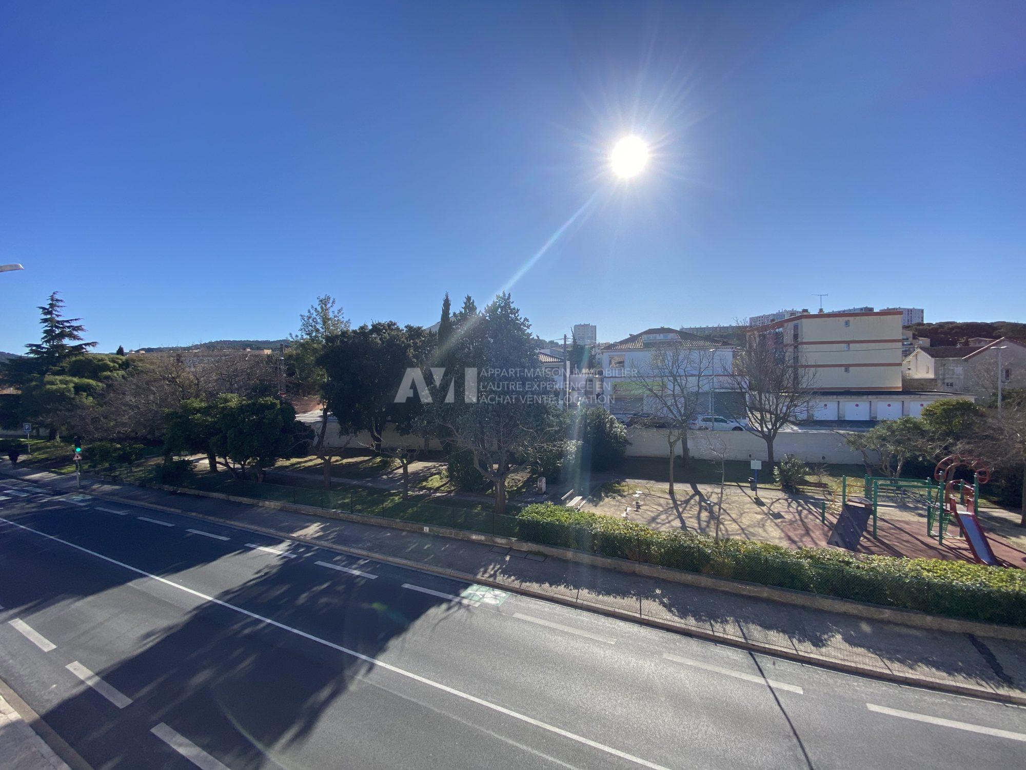 Appartement centre ville jonquieres avec ascenseur à 240000 €